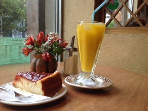So finally: cheesecake and mango juice